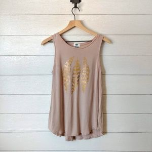 Old Navy Graphic Feather Tank